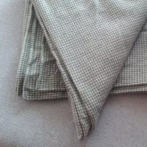 Beautiful Lightweight Wool Ralph Lauren Blanket